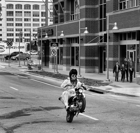 Elvis on 7th Street - Fort Worth, TX - November 16, 2013